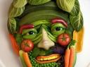 Daržovėse ir vaisiuose slypi pavojai?