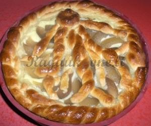 Pyragas su kriaušėmis