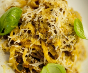 """Tagliatelle Siciliana"" makaronai su mėsos Ragu padažu"