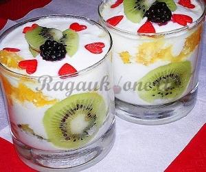 Vaisinis varškės desertas