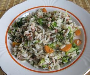 Troškinys su kiauliena, ryžiais ir daržovėmis