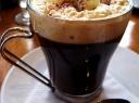 Kava su stipriuoju gėrimu