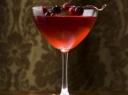 Putojančio vyno ir spanguolių kokteilis