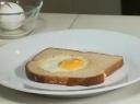 Duonos ir kiaušinio pusrytėlis