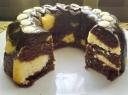 Dvispalvis varškės-majonezo keksas