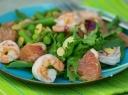 Krevečių salotos su šparaginėmis pupelėmis