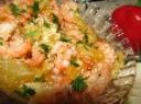 Apelsinų salotos su krevetėmis ir sezamo sėklomis