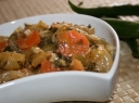Žalių pomidorų, morkų ir česnakų mišrainė