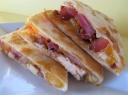 Meksikietiškas užkandis su vištienos įdaru