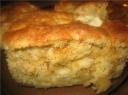 Greitasis obuolių ir kondensuoto pieno pyragas