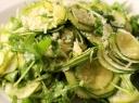 Gardžiosios cukinijų salotos su parmezanu