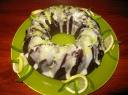 Kakavinis pyragas su juodais serbentais