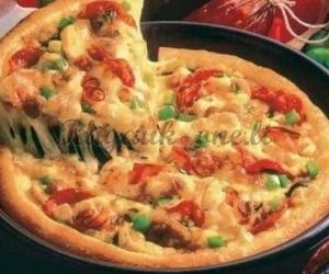Pica kepta keptuvėje