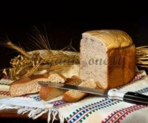 Duona su žalumynais