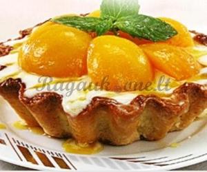 Pyragėlis su persikais