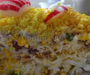 Kiaušinių salotos su tunu