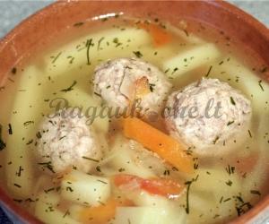 Kopūstų sriuba su mėsa