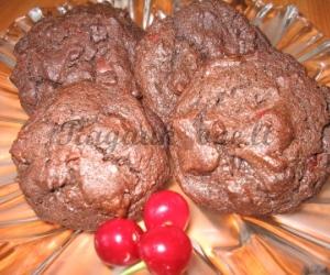 Kakaviniai sausainiai su vyšniomis