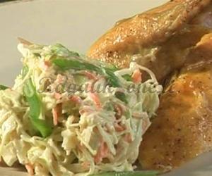 Šviežių daržovių salotos – garnyras