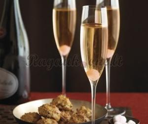 Paprastas putojančio vyno kokteilis