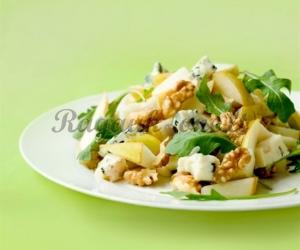 Bananų ir kriaušių salotos