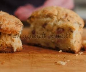Sūrio keksiukai
