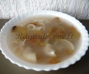 Saldi sriuba su džiovintais obuoliais