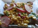 Ridikėlių ir kukurūzų salotos
