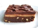 Šokoladinis su riešutais ir riešutų sviestu