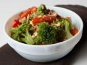 Salotos su brokoliais ir paprika