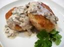 Bulvių maltinukai su grybų padažu