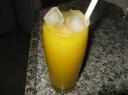 Mango kokteilis