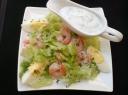 Krevečių salotos su padažu