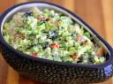 Avokadų salotos su jūros gėrybėmis