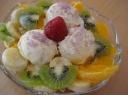 Ledų ir vaisių desertas