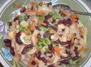 Konservuotos salotos su pupelėmis