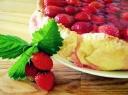 Braškių ir varškės pyragas