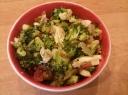 Salotos iš brokolių su vištiena